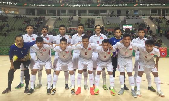 Thắng Solomon Island 2-1, Việt Nam mở hy vọng vào Tứ kết  ảnh 1