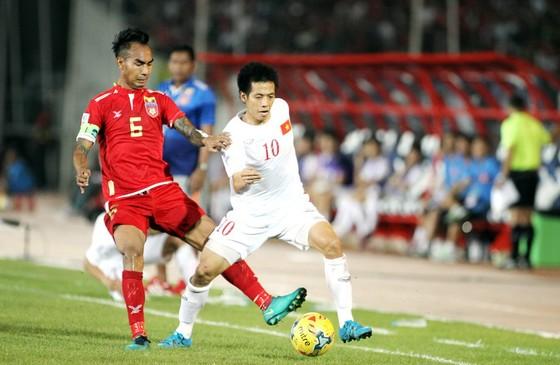 Cuộc so tài giữa Việt Nam và Myanmar tại AFF Cup 2016. (Ảnh: DŨNG PHƯƠNG)