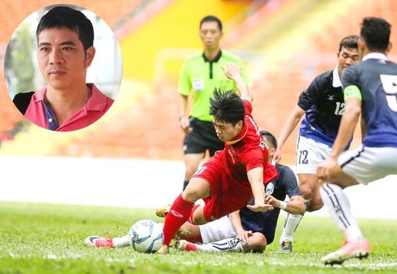 Cuộc so tài giữa đội tuyển U22 Việt Nam và Campuchia tại SEA Games 29. Ảnh: DŨNG PHƯƠNG