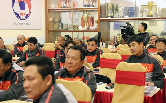 Nhiều HLV các đội V-League đã tham gia khóa học