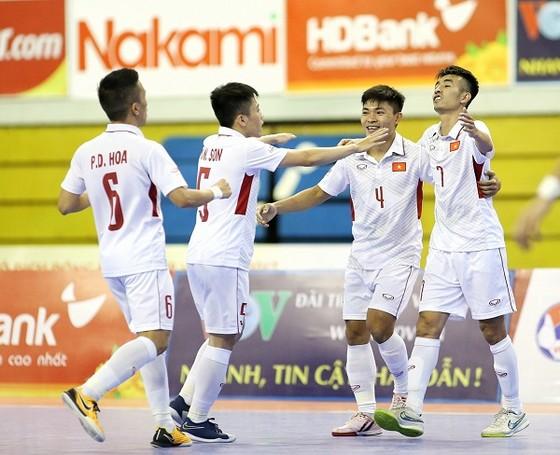 ĐT Futsal Việt Nam giữ hạng trong tốp 5 châu Á. Ảnh: BẠCH DƯƠNG