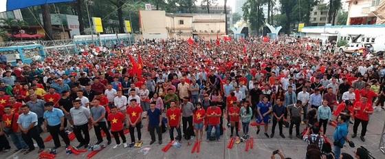 Trực tiếp U23 Việt Nam - U23 Qatar: Tiến lên Việt Nam ảnh 4