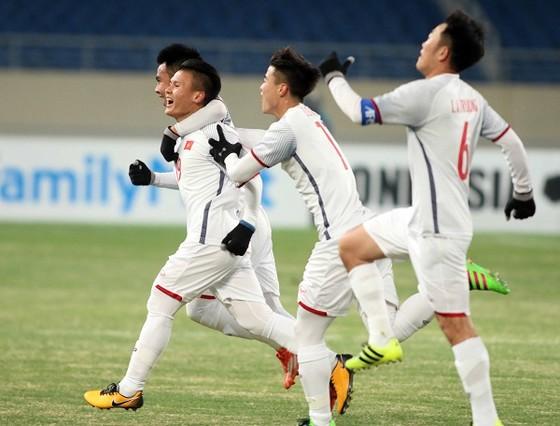 Trực tiếp U23 Việt Nam - U23 Qatar: Tiến lên Việt Nam ảnh 3