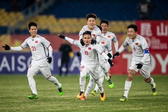 Các chàng trai U23 Việt Nam kiêu hãnh tiến vào trận chung kết châu Á.