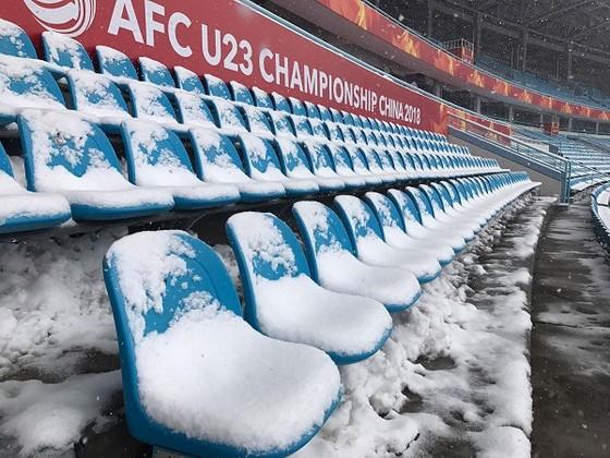 U23 Việt Nam - U23 Uzbekistan 1-2, VÀNG RƠI PHÚT CHÓT ảnh 28