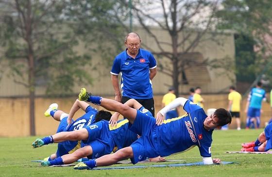 Lịch thi đấu vòng 4 V-League đã được điều chỉnh để các tuyển thủ QG an tâm thi đấu ở vòng loại Asian Cup 2019. Ảnh: Hải Đăng