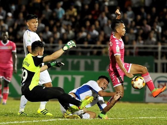 Những điểm nhấn vòng 5 Nuti Cafe V-League 2018 ảnh 2