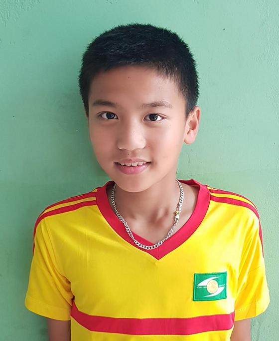 Hai cầu thủ trẻ Việt Nam tham dự chương trình Football For Friendship  ảnh 1