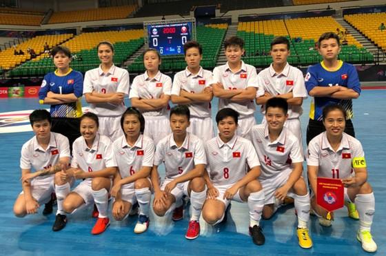 ĐT futsal nữ Việt Nam vào tứ kết châu Á với 9 điểm tuyệt đối ảnh 1