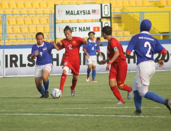 Đội U16 Việt Nam vượt qua Malaysia ở trận đấu quyết định
