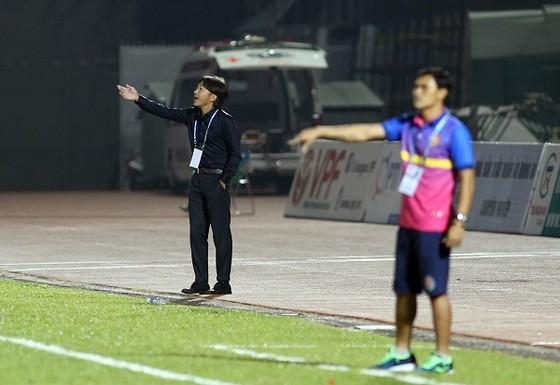Cuộc đua trụ hạng ở V-League 2018: Nam Định nhiều nguy cơ nhất ảnh 2