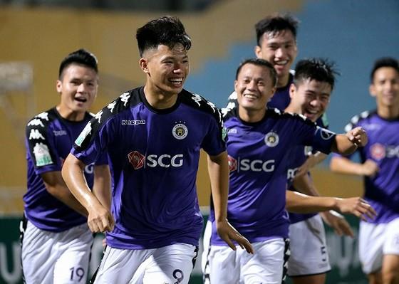 Hà Nội đang đến gần với danh hiệu vô địch thứ 4 ở V-League. Ảnh: MINH HOÀNG