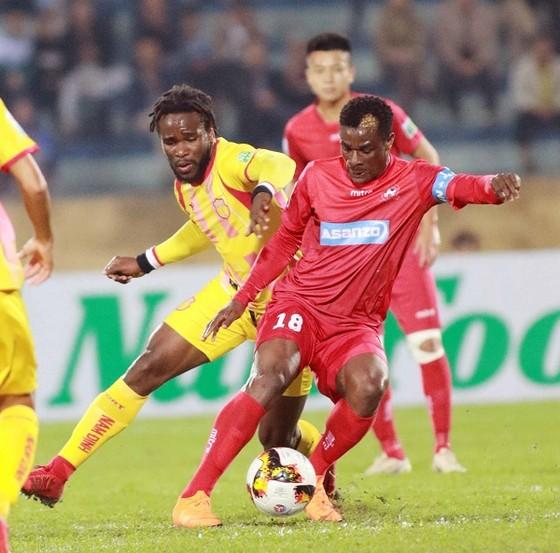 Vòng 12 V-League 2018: Áp lực cho các đội khách ảnh 3