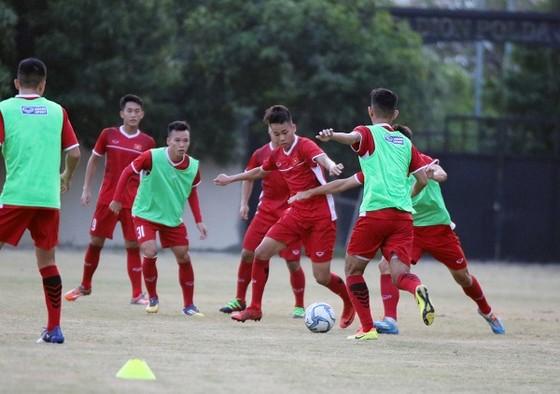 U19 Việt Nam thả lỏng sau trận hòa Thái Lan ảnh 4