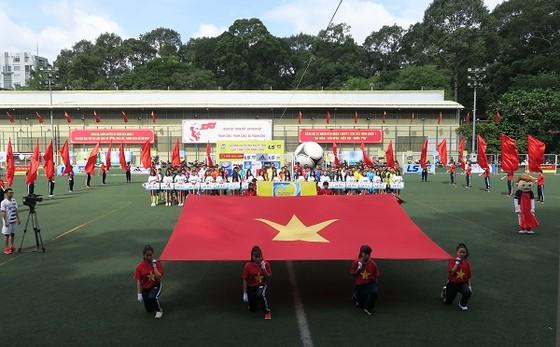 Khởi tranh Giải Futsal Hội nhà báo TPHCM - Cup Thái Sơn Nam 2018 ảnh 1