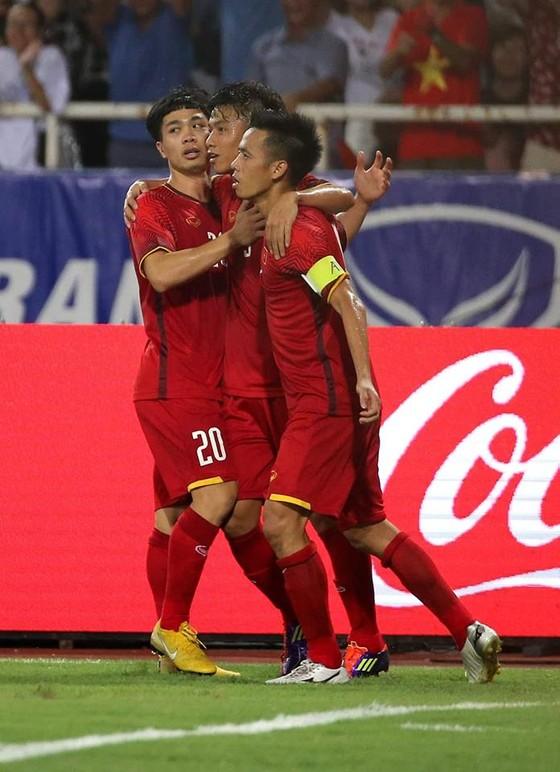 (trực tiếp)- Olympic Việt Nam - Olympic Uzbekistan 1-1: Đội chủ nhà vô địch với 3 trận bất bại ảnh 5
