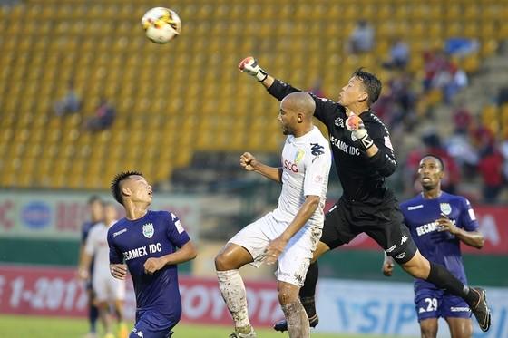 VPF đã chốt hạ trận lượt về Bán kết Cúp Quốc gia 2018 sẽ đá ngày 3-10. Ảnh:  DŨNG PHƯƠNG