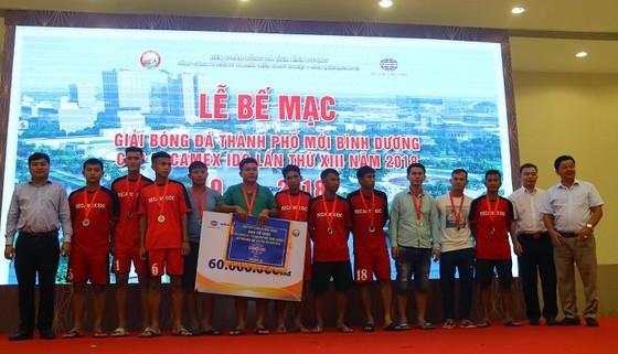 Bình Hòa-TPK lần thứ 3 liên tiếp vô địch giải bóng đá Thành phố mới Bình Dương ảnh 4