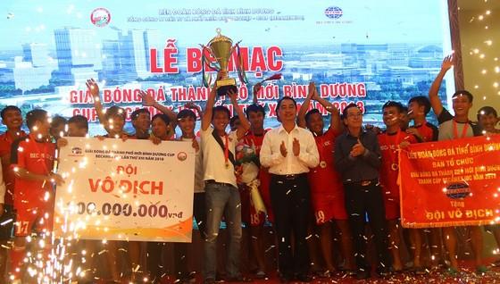 Bình Hòa-TPK lần thứ 3 liên tiếp vô địch