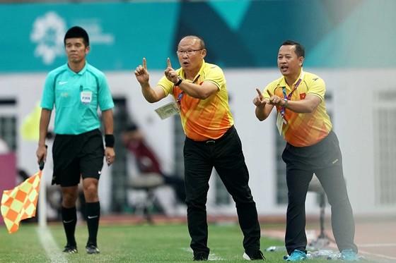 HLV Park Hang-seo tỏ ra mát tay kể từ khi dẫn dắt đội Việt Nam. Ảnh: DŨNG PHƯƠNG