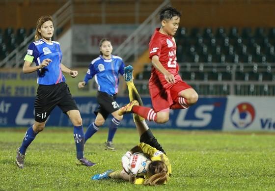 Đội nữ Hà Nội sớm vô địch lượt về ảnh 1