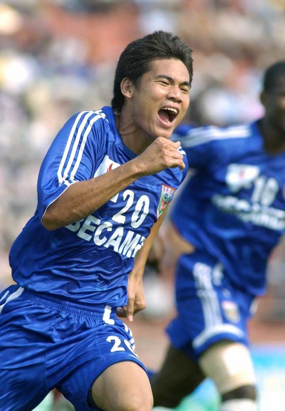 Nhà vô địch AFF Cup 2008 giã từ sự nghiệp ở tuổi 35 ảnh 1