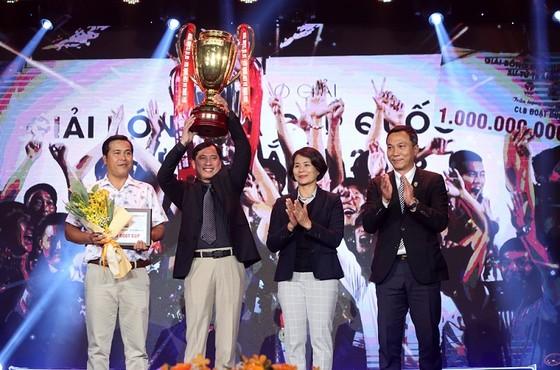 Đại diện đội Becamex Bình Dương tại Gala trao giải mùa bóng 2018