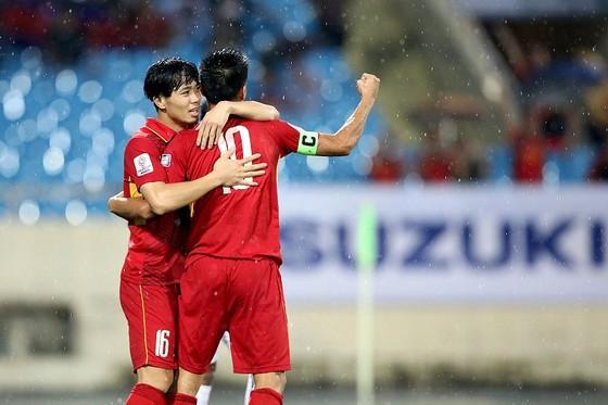 """Công Phượng """"nổ súng"""" giúp Việt Nam ngược dòng đánh bại Seoul FC ảnh 2"""