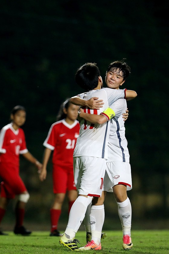 U19 nữ Việt Nam thắng dễ Singapore 11-0 ảnh 1