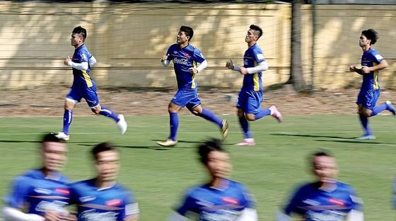 Đội tuyển Việt Nam sẵn sàng cho mục tiêu lấy 3 điểm tại Lào. Ảnh: MINH HOÀNG