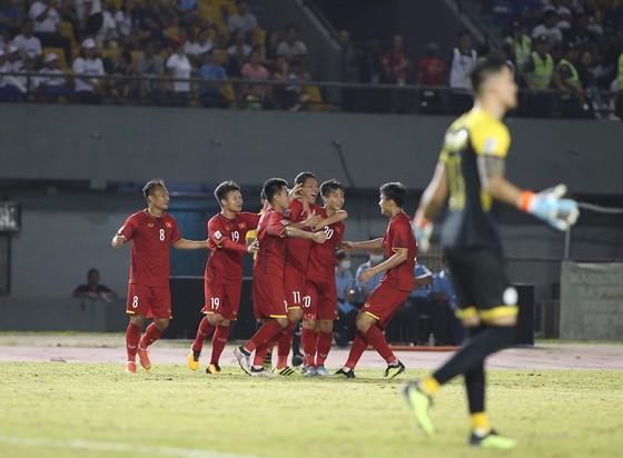 """Philippines - Việt Nam 1-2: """"Song Đức"""" tỏa sáng, Việt Nam chiếm lợi thế trước trận lượt về ảnh 4"""