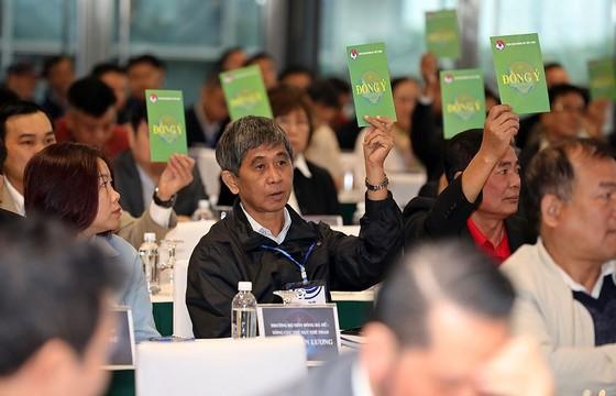 Hai cựu trọng tài Dương Văn Hiền và Võ Minh Trí được bầu vào Ban chấp hành ảnh 1
