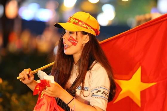 Malaysia - Việt Nam 2-2: Hai tiền vệ trung tâm lập công ảnh 10