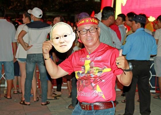Việt Nam - Malaysia 1-0: Việt Nam đăng quang! ảnh 5