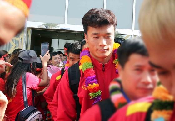 Đội tuyển Việt Nam đến UAE ảnh 3
