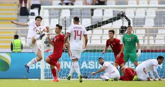VCK Asian Cup 2019: Việt Nam - Iran 0-2  ảnh 4
