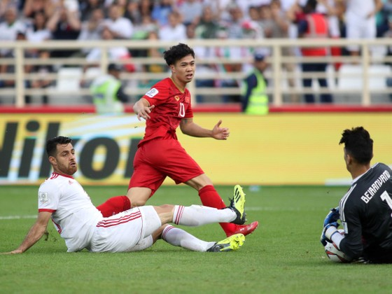 VCK Asian Cup 2019: Việt Nam - Iran 0-2  ảnh 5