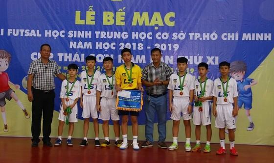 Trường Nguyễn Thị Định vô địch giải futsal học sinh THCS TPHCM 2018-2019 ảnh 1