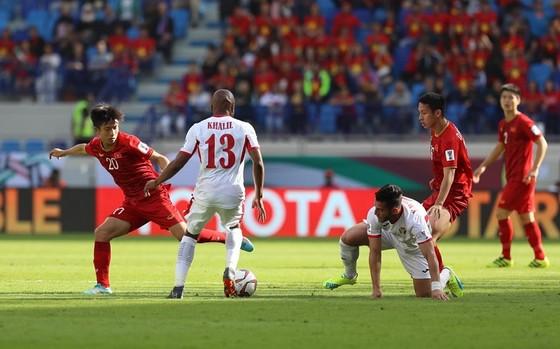 Đánh bại Jordan trên loạt sút luân lưu, Việt Nam giành vé đầu tiên vào Tứ kết ảnh 3