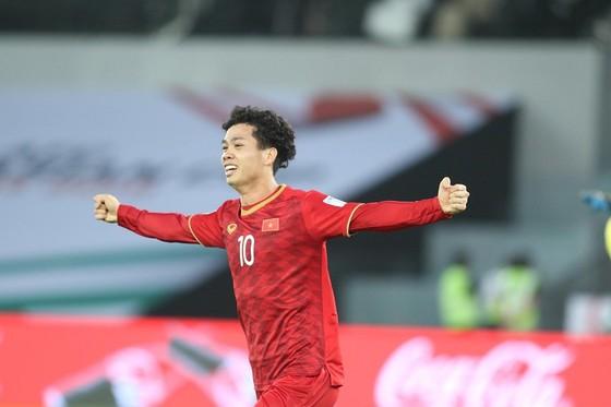 Công Phượng trở thành chân sút đầu tiên xuyên thủng mành lưới Jordan tại Asian Cup 2019