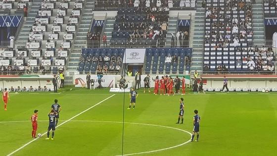 (Trực tiếp) Việt Nam - Nhật Bản 0-1: VAR lại đem niềm vui về cho Nhật Bản ảnh 9
