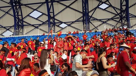 (Trực tiếp) Việt Nam - Nhật Bản 0-1: VAR lại đem niềm vui về cho Nhật Bản ảnh 6