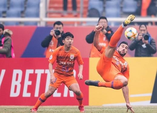 AFC Champions League vẫn còn xa với CLB Hà Nội ảnh 1