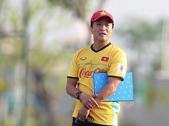 VFF quyết định chọn ông Lee Young-jin làm HLV trưởng đội U22 Việt Nam dự SEA Games 30 ảnh 1
