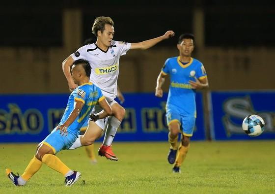 Vòng 2 V-League 2019: Thầy Hàn Quốc đối đầu ảnh 1