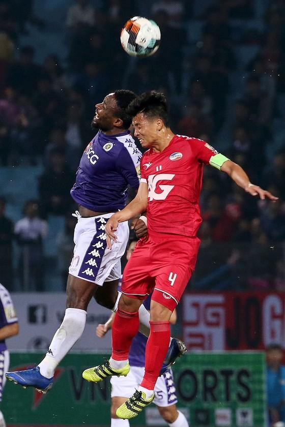 Viettel - Hà Nội 0-2: Hà Nội áp xát ngôi đầu ảnh 3