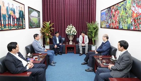 Bộ trưởng Bộ VH-TT&DL Nguyễn Ngọc Thiện thăm các đội tuyển quốc gia ảnh 3