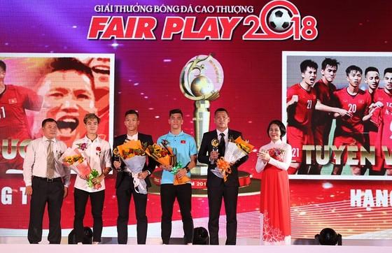 Thầy trò đội tuyển Việt Nam được vinh danh tại giải Fair-Play 2018 ảnh 2