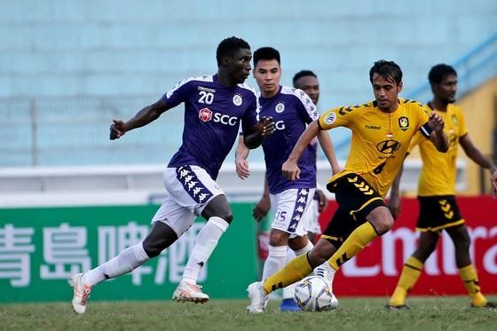 Thắng dễ Tampines Rovers, Hà Nội vào vòng knock-out AFC Cup ảnh 1