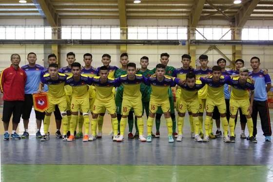 U20 futsal Việt Nam thi đấu với các nhà vô địch châu Á ảnh 1